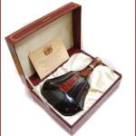 東京都江戸川区 コニャック ヘネシー パラディ エクストラ 旧ボトル 箱付きを60,000円でお買取りさせていただきました。